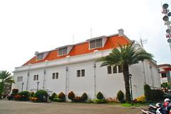 Museum Bank Indonesia Surabaya (Everyone Sinks Starco (using album)) Tags: surabaya eastjava jawatimur building gedung architecture arsitektur
