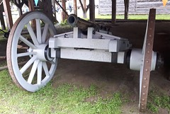 3 pounder field gun (jmaxtours) Tags: artillery cannon fortwilliam tradefort 1815 thunderbay thunderbayontario garrison