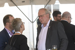 Premier/premier ministre MacLauchlan at the community dinner/au souper communautaire