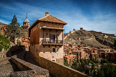 Albarracin - Teruel (OskrG) Tags: albarracin teruel paisaje muralla medieval
