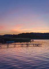 Lac d'Aiguebelette (Minimoyys) Tags: france paysage landscape savoie aiguebelette lac lake coucherdesoleil sunset nikon d7000