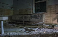 IMG_1787 (The Dying Light) Tags: hauntedisland povegliaisland urbanexplorationphotography urbanexploration urbanexploring 2017 abandoned asylum canon decay horror hospital italy poveglia urbex venice