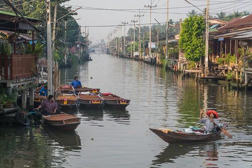 marche fottant damnoen saduak - thailande 9