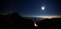 Nits de Lluna plena a Montserrat (Xevi V) Tags: montserrat nit isiplou nitsdellunaplena llunaplena moon