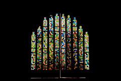Porte vitraux Gaudi (Pi-F) Tags: porte vitrail barcelone espagne gaudi couleur lumière vertical étroit rond art nouveau