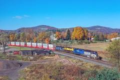A Susquehanna Train? (douglilly) Tags: susquehanna delawarehudson gp392 deposit