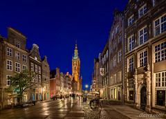 Long Market Street, Gdansk, Poland (dleiva) Tags: dleiva domingo leiva architecture dusk photography twilight city house town hall golden gate pedestrian zone poland outdoors color image vertical history famous place emotion illuminated incidental people building exterior district mannerism food drink gdansk atmospheric mood dluga street historic light natural phenomenon