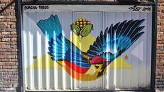 Suacha_2403 rue du Tibre Paris 13 (meuh1246) Tags: streetart paris paris13 suacha ruedutibre animaux oiseau
