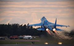 Su-27 take off (Stu Weston) Tags: riat 2017 jet helicopter fairford aircraft airfield stu weston explore