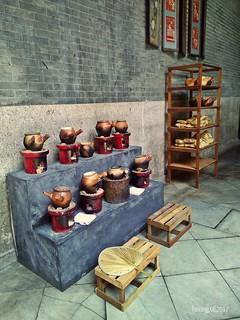 Traditional Hot Pots
