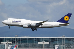 Lufthansa --- Boeing 747-400 --- D-ABVX (Drinu C) Tags: adrianciliaphotography sony dsc rx10iii rx10 mk3 fra eddf plane aircraft aviation 747 lufthansa boeing 747400 dabvx