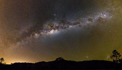 Milky Way over Mount Sylvia (andrew.walker28) Tags: milky way galaxy core centre center magellanicclouds stars starscape night long exposure mount sylvia queensland australia landscape green airglow red nebula carina light pollution