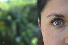 Capture life (Elisa.95) Tags: eye pupil portrait ritratto girl model people like friends green nikon italy wow