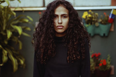 Danielle Moitinho (TheJennire) Tags: photography fotografia foto photo canon camera camara colours colores cores light luz young tumblr indie teen people portrait curlyhair fashion fashionmode eyes look natural turtleneck 50mm face