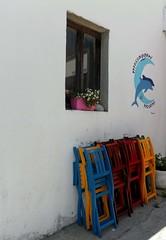 Elba (Ellipa) Tags: colori sedie elba finestre