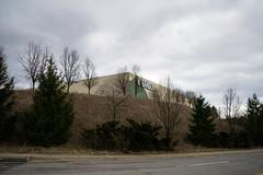 Gander Mountain Hill... (Nicholas Eckhart) Tags: america us usa pennsylvania pa retail stores moontownship moon township pittsburgh former closed vacant gandermountain