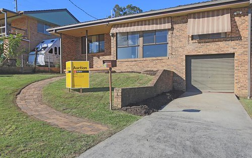 3 Roderick St, Maclean NSW 2463