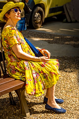 Yellow Dress (Wouter Verwaal) Tags: old lady france wouter verwaal dixieland jazz new orleans vaisonlaromaine market portrait wouterverwaal yellowdress yellow street stranger color europe streetphotography streetphotographer streetshooter streetphotographycolor 50mm canoneosrebelsl1100d
