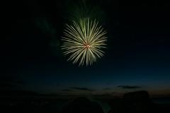 Trégastel - Feu d'artifice du 14 juillet...Fireworks July 14.2017 (De l'autre côté du mirOir...) Tags: nuit feudartifice fireworks trégastel côtesdarmor 22 ニコン ニッコール