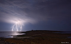 Névez (29) (Ronan Bzh) Tags: summer raguenez nevez bretagne lightning orage night nocturne nikon d7100 sea light tamron 1750mm finistere sud foudre impact ocean
