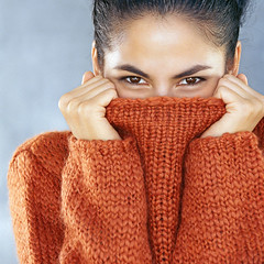 1458827828-woman-knitted-jumper (ducksworth2) Tags: knit knitwear thick chunky mohair sweater