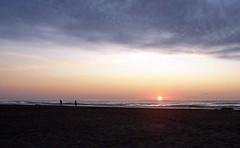 Sonnenaufgang über dem Meer (loitz79) Tags: fra frankreich geo:lat=4313098500 geo:lon=314234400 geotagged gruissan languedocroussillon vires mittelmeer plagedesayguades sonne sonnenaufgang strand
