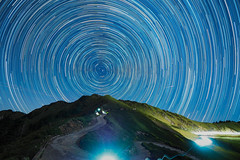 合歡山催眠曲|Taiwan startrails (里卡豆) Tags: startrails olympus epl8 panasonic leica dg 818mm f2840 panasonicleicadg818mmf2840 合歡山 star stars mountain 台灣 taiwan 星軌