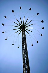 Flower power (sas8a8y) Tags: liverpool ride fairground fun sky