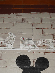 Austin - Mickey Watching Birds (Drriss & Marrionn) Tags: austin austintx texas usa outdoor travel streetviews street streetscene streetlife urbanjungle citytrip eastsixthibizdistrict building buildings city vivid nightshot evening graffiti stickerart art