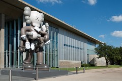 Don't get carried away (dangr.dave) Tags: fortworth tx texas cowtown tarrantcounty panthercity downtown historic architecture tadaoando museumofmodernart modernartmuseum moma kaws statue