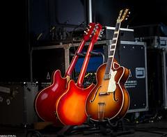 Guitar Trio (Emil de Jong - Kijklens) Tags: zomerophetplein gitaar gitaren guitars three rule odds red orange color canadaplein alkmaar kijklens guitar