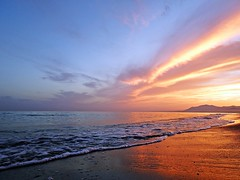 Colores del atardecer (Antonio Chacon) Tags: andalucia atardecer marbella málaga mar mediterráneo costadelsol cielo españa spain sunset puestadesol paisaje nubes nature naturaleza