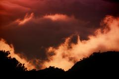 Canyon Light & Cloud (Atmospherics) Tags: kauai waimeacanyon sundown dusklight duskcolour lowcloud lowlight atmospherics hawaiianlandscape