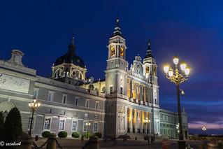 La Almudena Cathedral........blue hour