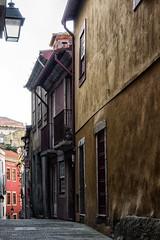 PORTO - Portugal (Francisco (PortoPortugal)) Tags: 1592017 20170219fpbo4937 unescoworldheritagesite centrohistórico historicalcentre pelames rua street porto portugal portografiaassociaçãofotográficadoporto franciscooliveira