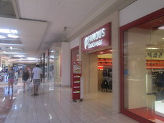 Famous Footwear (Random Retail) Tags: watertown ny 2016 store retail mall salmonrunmall famousfootwear