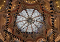 Galleries Lafayette (Andrew G Robertson) Tags: galleries lafayette paris store shop architecture dome canon1124mm interior france