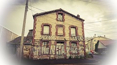 Abandoned house (freddylyon69) Tags: sony xperia xperiaxz saintetienne houses abandoned psexpress tags street