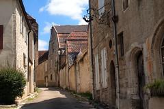L'ascension — Vézelay, Yonne, Bourgogne, juin 2017 (Stéphane Bily) Tags: yonne vézelay bourgogne stéphanebily burgundy rue street