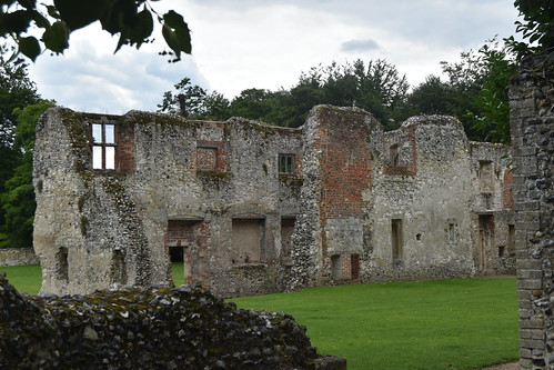 Thetford Priory: Prior's Lodgings, remains
