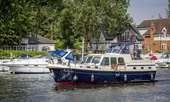 A day on the Thames (mattpacker1978) Tags: boat water river riverthames riverside riverwalk landscape cookham maidenhead canon canon700d canondigital canonphotography outdoor life maidenheadlife