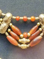 20170704_120542 (jaglazier) Tags: 1850bc1550bc 2017 7417 aigina archaeologicalmuseums beads britishmuseum bronzeage copyright2017jamesaferguson crafts cretan cypriot cyprus england greek jewelry july london minoan museums mycenean necklaces stoneworking urbanism archaeology art carnelian cities crete gold goldworking metalworking palestinian