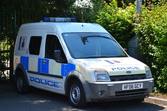 HF06 GCY (S11 AUN) Tags: dorset police ford transit connect irv incident response vehicle panda car cell cage station van 999 emergency hf06gcy