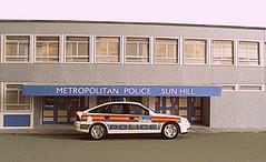 1/43 Vauxhall Vectra Metropolitan Police (kingsway john) Tags: kingsway models 143 police station sun hill vauxhall vectra thebill tv card kit miniature