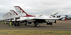 The Thunderbirds _MG_0142 (M0JRA) Tags: riat airforce american usa airshows shows jets planes flying aircraft sky clouds rain weather