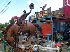 Simply Amazing Plaza (twm1340) Tags: july 2017 simplyamazing plaza antique store shop cottonwood az arizona metal sculpture statue art mexico mexican import welded steel