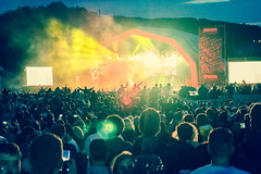 Atmosphere - Main Stage - Tramlines 2017-19 (Tramlines Festival Official) Tags: 2017 atmosphere crowds friday mainstage ponderosa sheffield simonbutlerphotography thelibertines tramlines2017 wwwsimonbutlerphotographycom