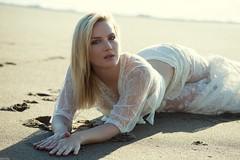 Anna Aleksandrova (Pablo Cañas) Tags: annaaleksandrova model modeling modelingfashion modelo playa rubia hair belleza beautiful blanco mirada sea mar modelinfashion retrato portrait portraiture