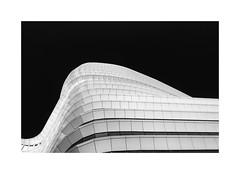 white curves (Karl-Heinz Bitter) Tags: groningen monochrom monochrome blackwhite framed architektur architecture lines karlheinzbitter nederland building abstract
