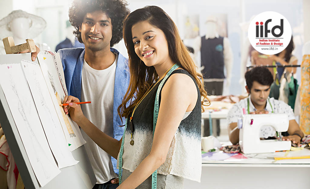 Best Colleges In World For Fashion Designing